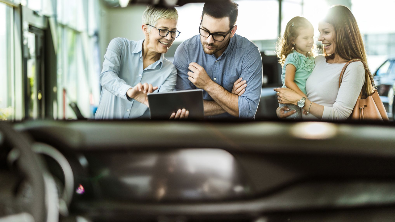The Changing Space of Buying Cars h1